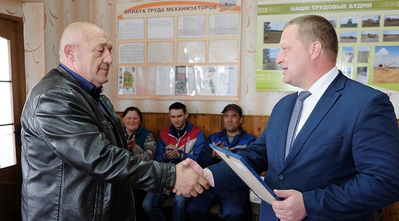 Первыми в районе  закончили сев яровых культур в КСУП «Ворони»
