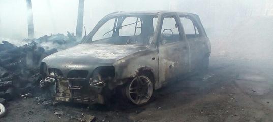 2 Фольксвагена и сарай сгорели в Столине
