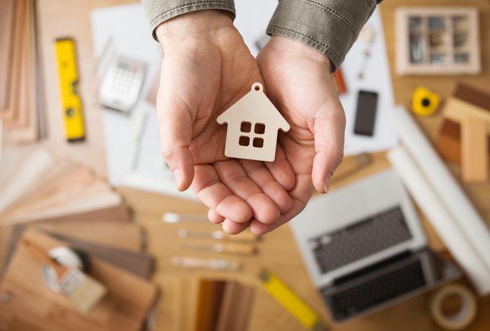 Как защитить свой дом от потопов, пожаров и краж? Что нужно знать о страховании жилья