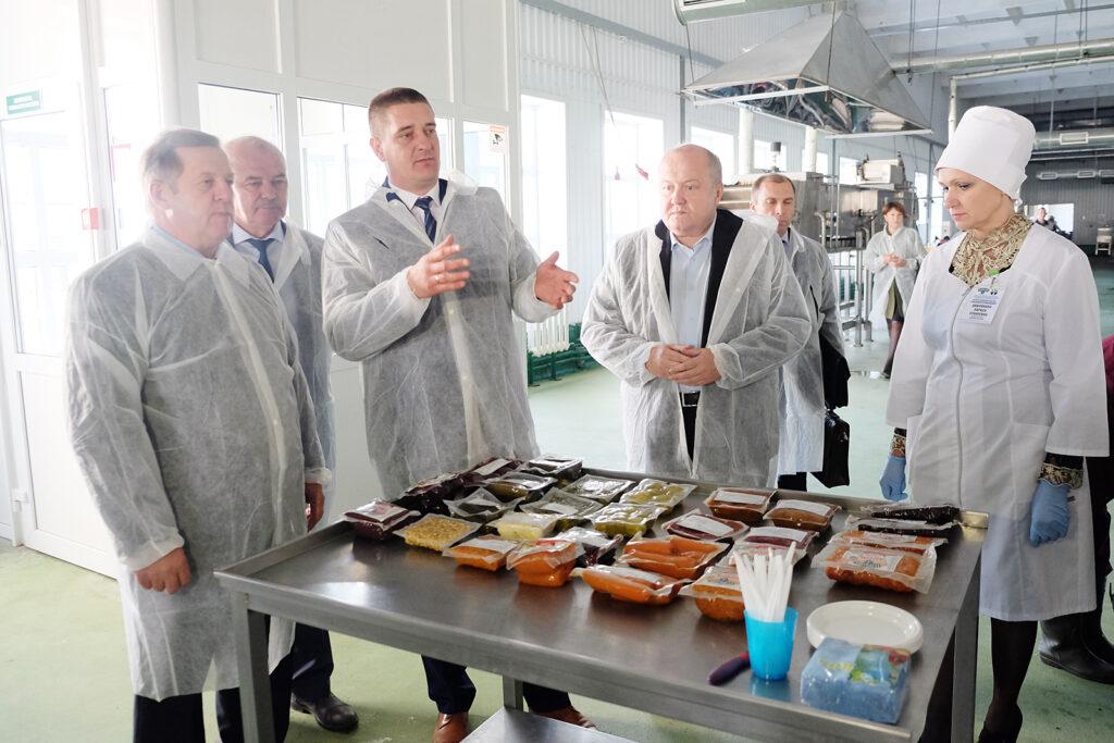 Председатель Брестского облисполкома Анатолий Лис посетил Горынский агрокомбинат