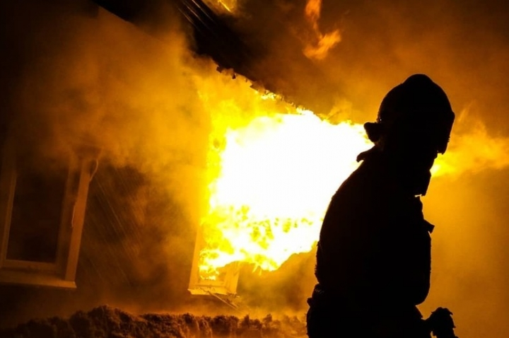 8 февраля в аг. Лядец произошел пожар в жилом деревянном доме