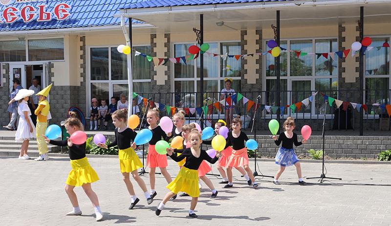 Праздник, посвящённый Дню защиты детей, прошёл в Речице