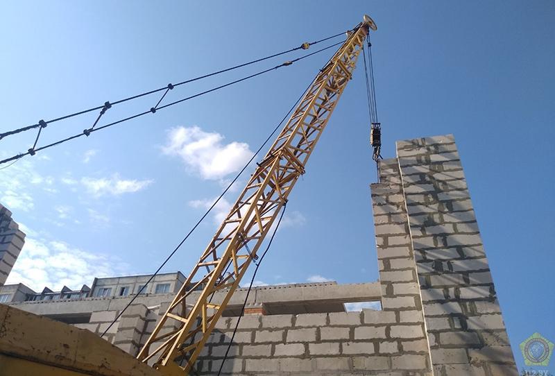 На строительном объекте в Пинске произошел несчастный случай со смертельным исходом